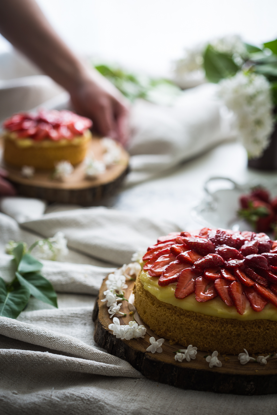 strawberry cake from the Taste of Memories Hungarian country kitchen www.tasteofmemories.com
