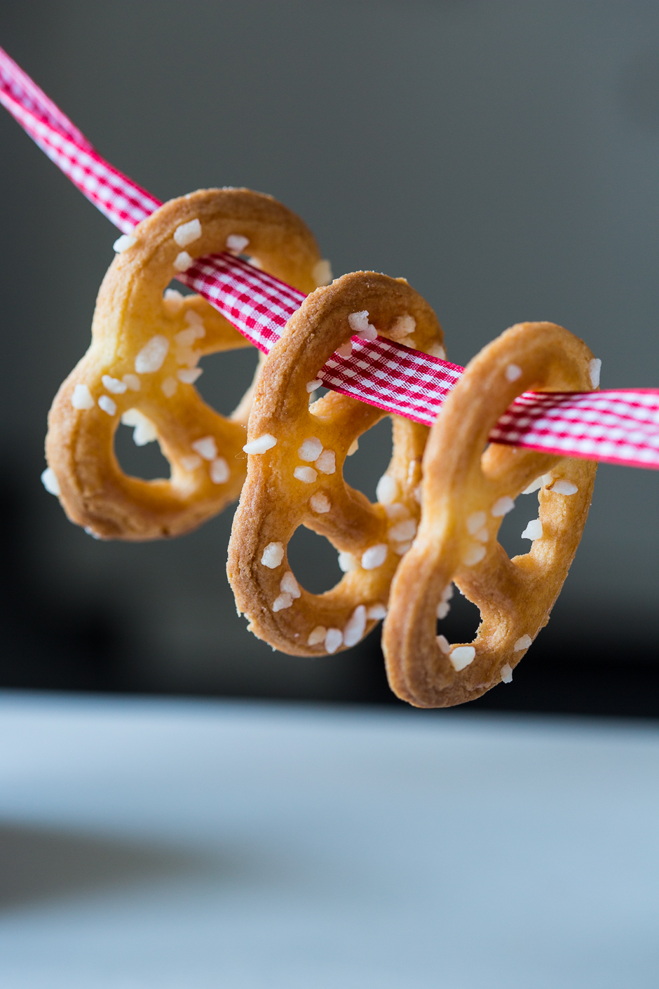 sweet pretzels from the Taste of Memories country kitchen www.tasteofmemories.com